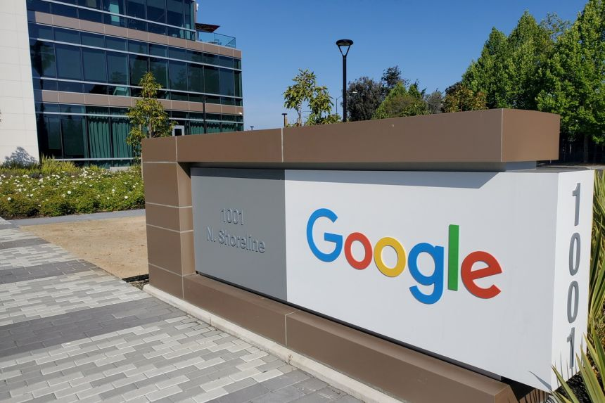 Google will make Android apps tell users about data collection