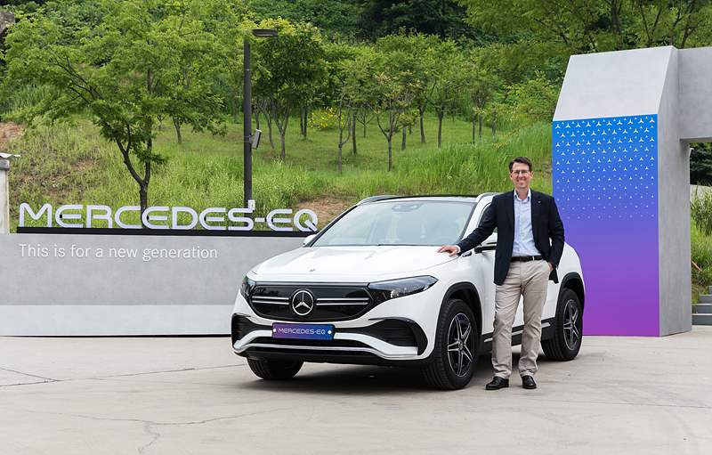 Electric vehicles make debut at Seoul Smart Mobility Expo