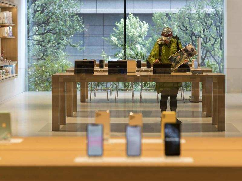 Apple to drop this phone from 2022 lineup, upgrade budget iPhone SE to 5G: Report