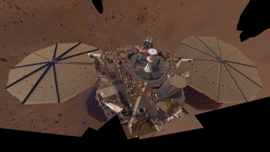 reached Mars in late 2018, detected the first known marsquake, a commentary, The interior of Mars revealed., Seismic detection of the martian core.