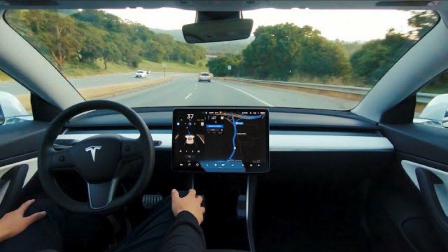 2,000 select drivers, 1.4 million Teslas, hands-free, not-quite-autonomous driving mode, struggling on busy city roads, released last week a monthly $199 subscription, which launched in October, Hardware limitations, past few years, Consumer Reports, Other videos, Super Cruise