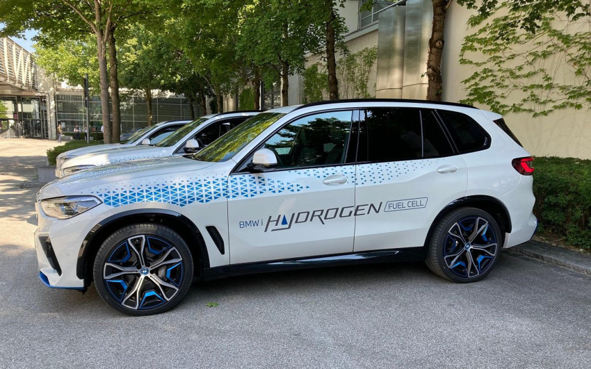 bmw and hyundai banking on hydrogen as a complement to battery propulsion
