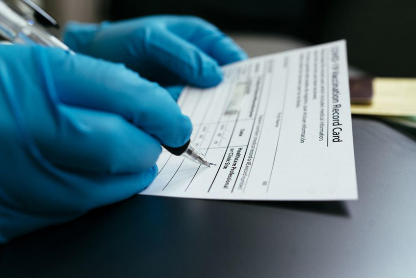 online prices for bogus vaccine cards double after biden mandate