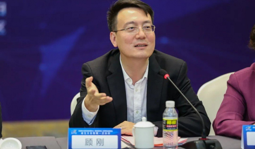 business, companies, hna group, aviation, dealing with debt, hainan, hna group to be broken into four independent units as chinese conglomerate's restructuring enters final stretch