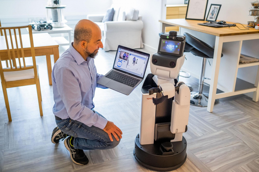 doctors to use remotely controlled robot to access patients thanks to technology pioneered in scotland