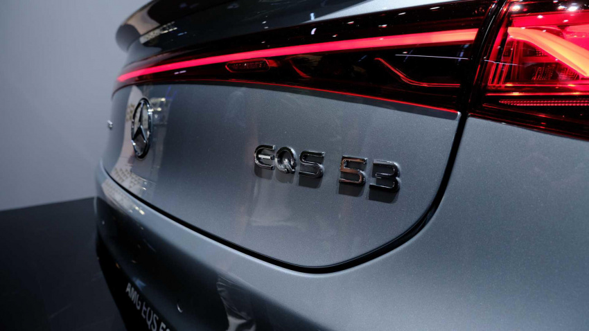mercedes really wants the eqs to succeed in north america