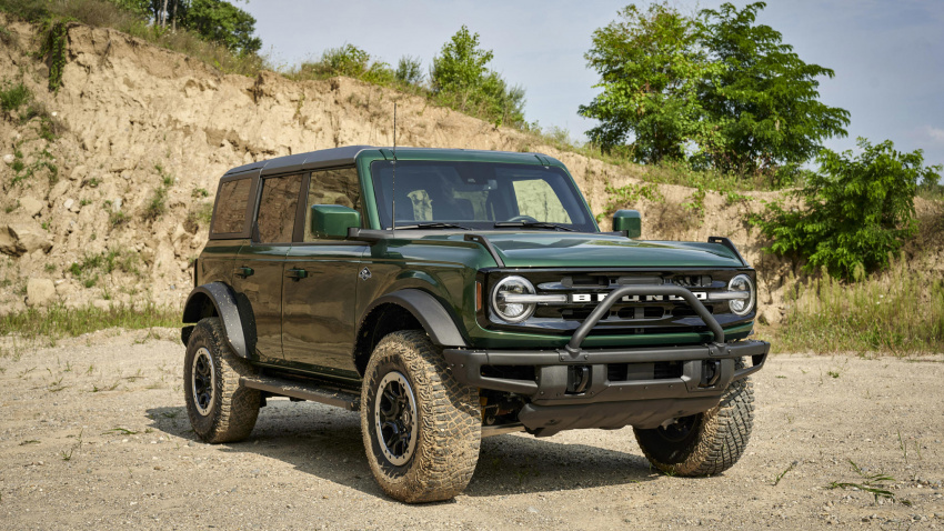 ford bronco reportedly getting a mid-cycle update for 2024