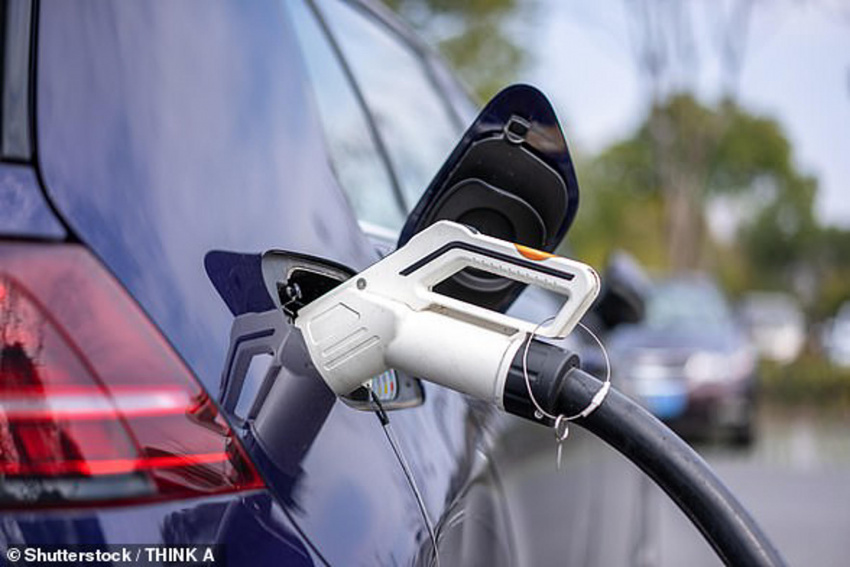 three in five drivers would consider buying an electric car in 2022