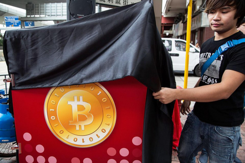 dot takes lead as bitcoin recovers, but retail market still yet to join party