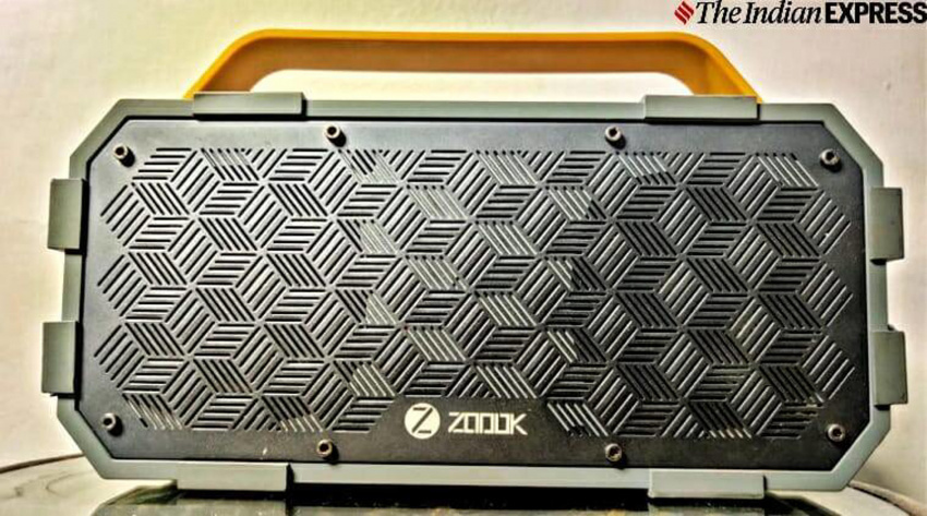 the best bluetooth speakers under rs 10,000 for your house parties