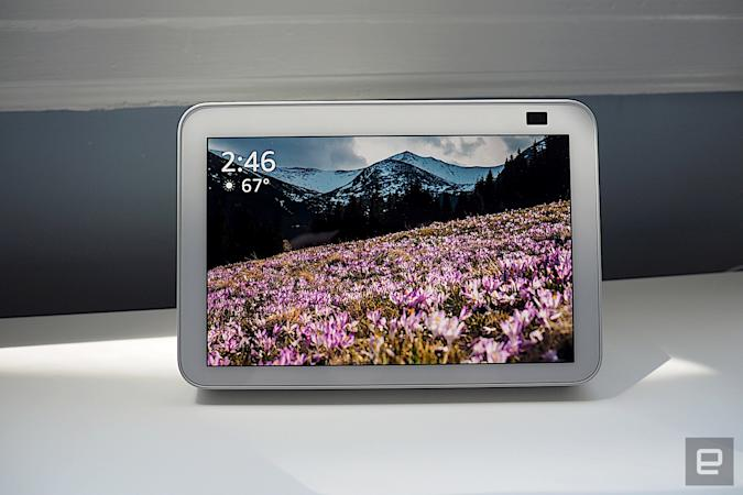echo show 8, streamshopping, commerce, engadgetdeals, gear, amazon, news, thebuyersguide